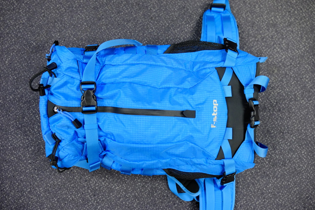 On the front of the pack is an extra pocket with a waterproof zipper and a leak hole to store wet stuff