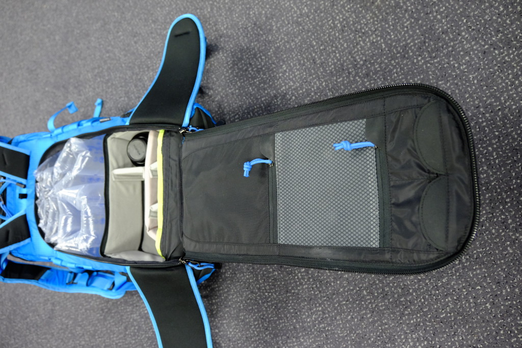 In the back panel on the inside are pockets for small accessories